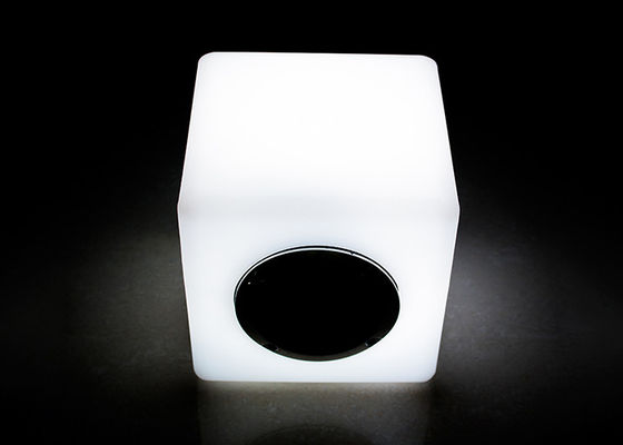 L'altoparlante 16 del cubo dell'altoparlante/LED del telecomando il LED Bluetooth di IR colora variabile